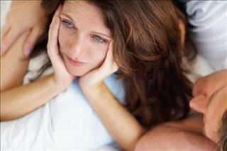17/649/sad-woman-bed-middle.jpg