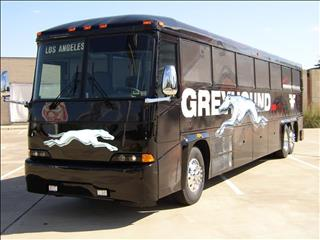 109/634/428006-greyhound-bus-middle.jpg