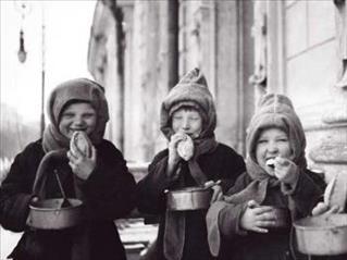 17/343/politics_of_food_pic_children_ma2011_1000px-c0-middle.jpg