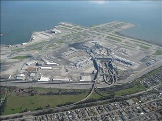 19/503/aerial_view_of_san_francisco_international_airport_2010-middle.jpg